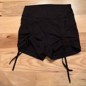 Lululemon Black Cinch Front Boogie Shorts - Size 4